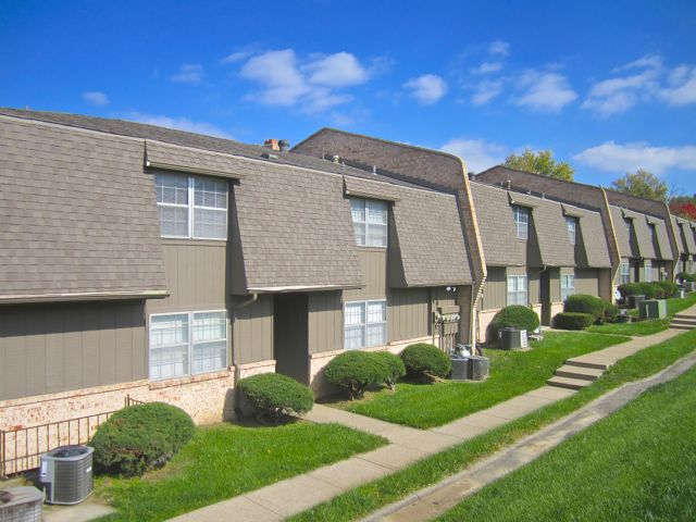 Northbrook Gardens Apartments Townhomes
