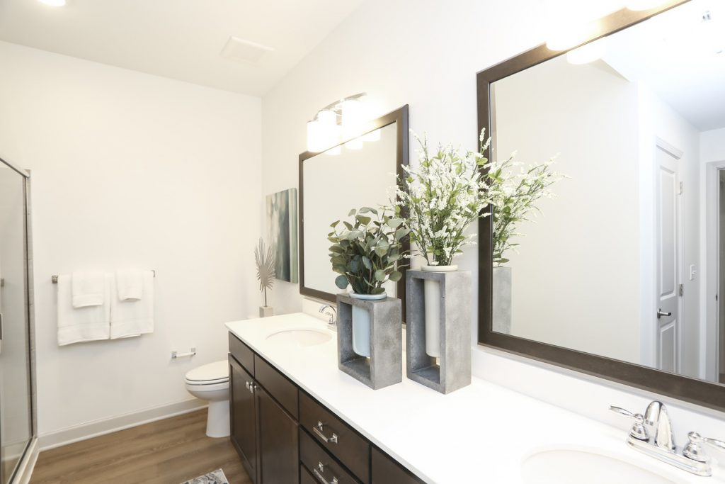 sonoma hill - coolest apartment bathrooms in kansas city